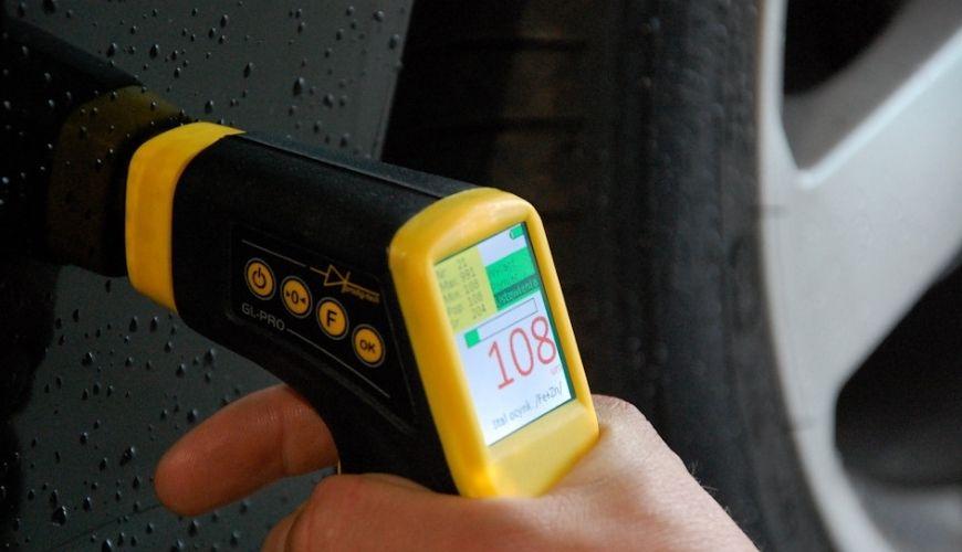 Как правильно измерить толщину лакокрасочного покрытия на авто?