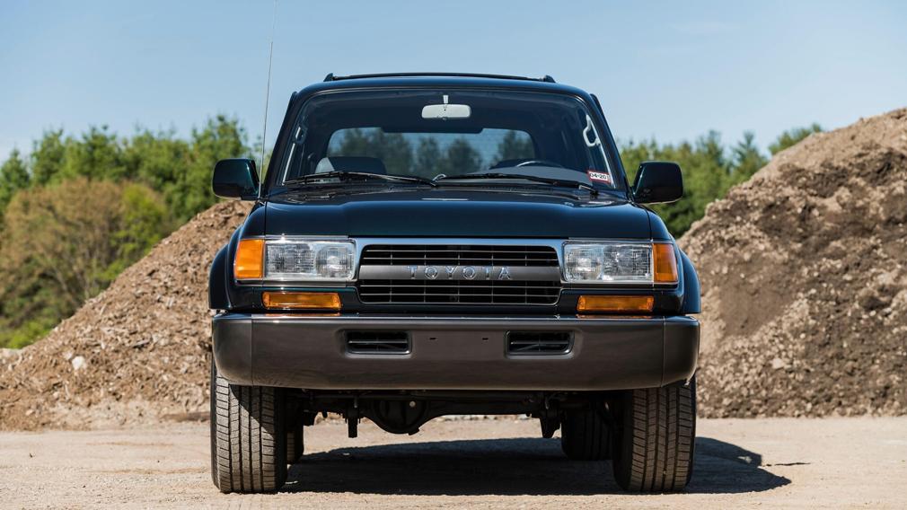 Toyota Land Cruiser 80 1994 г. с пробегом в 1600 км продали за 136 тыс.дол. США